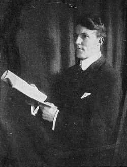 Hereward Carrington - frontis - 1909.jpg